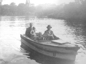 Dunam Fiona,me,Glenn and Uncle Harry on the East Park boating lake.